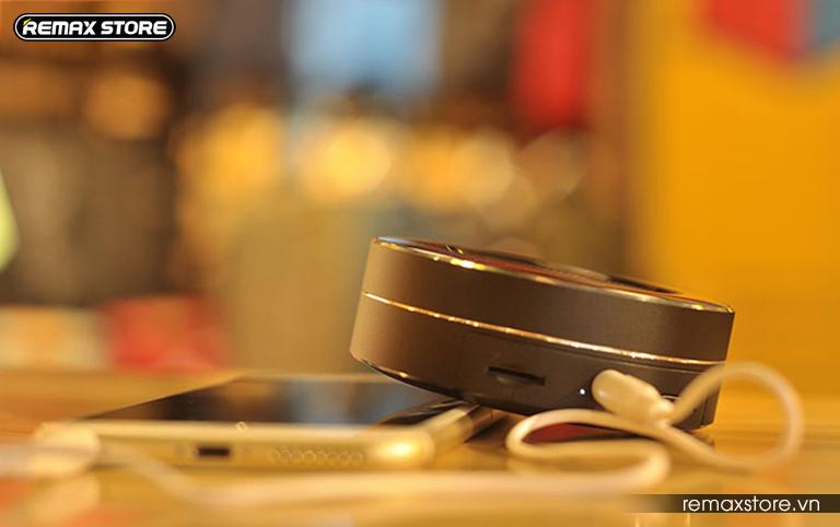 Loa Bluetooth tròn mini Remax RB - M13 - 14