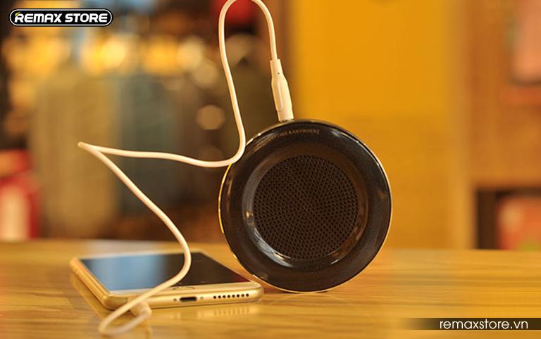 Loa Bluetooth tròn mini Remax RB - M13 - 17
